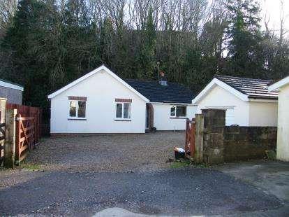 4 Bedrooms Bungalow for sale in Paignton, Devon