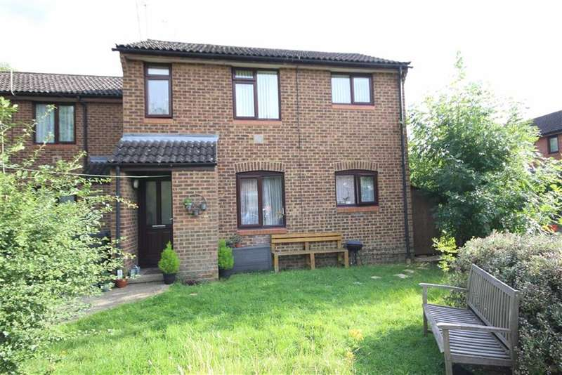 1 Bedroom Property for sale in Willowherb Close, Haydon Wick, Swindon