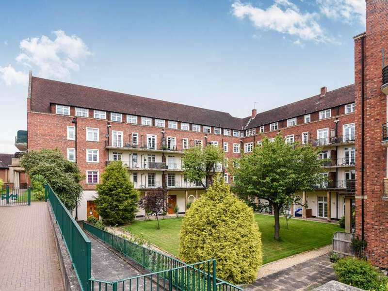 1 Bedroom Flat for sale in Norbury House Friar Street, Droitwich, WR9
