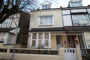 7 Bedrooms Semi Detached House for sale in Canada Grove, Bognor Regis, West Sussex