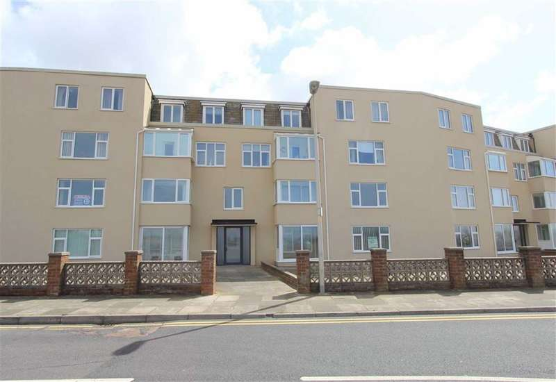 3 Bedrooms Property for sale in Promenade, Blackpool
