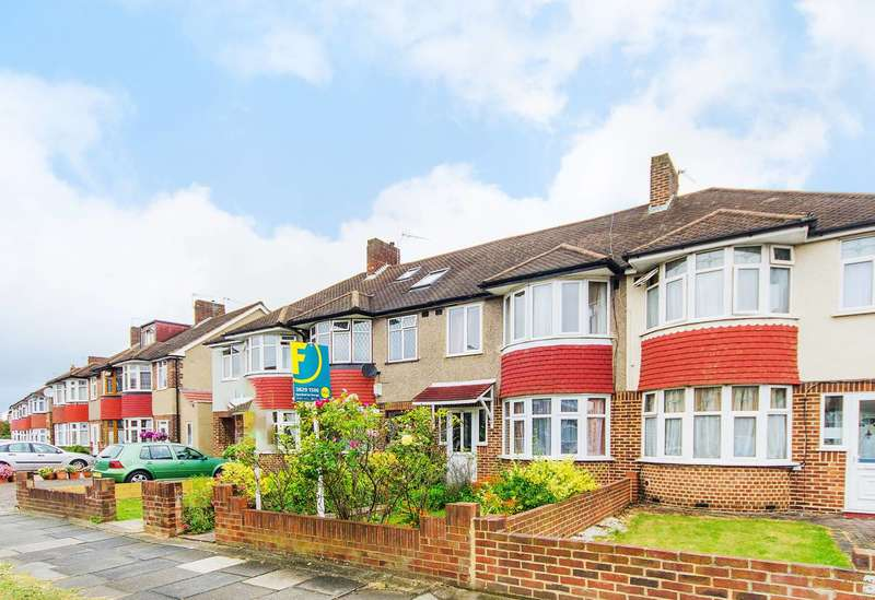 3 Bedrooms Terraced House for sale in West Barnes Lane, Motspur Park, KT3