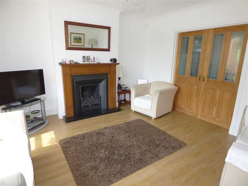 3 Bedrooms Property for sale in Highfield Avenue, Summit, HEYWOOD, Lancashire, OL10
