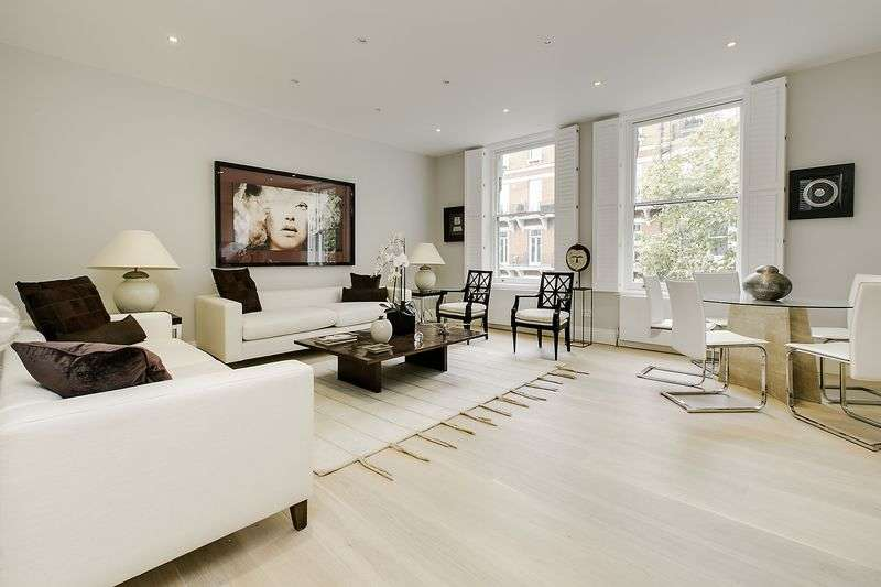 3 Bedrooms Flat for sale in Old Brompton Road, SW5