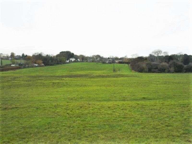 Property for sale in Tilmanstone, Deal