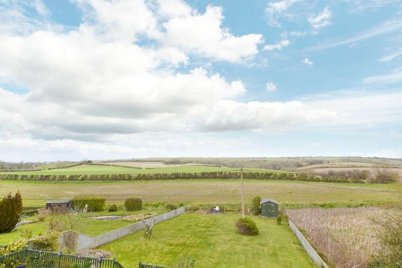 4 Bedrooms Detached House for sale in Arreton, Isle Of Wight
