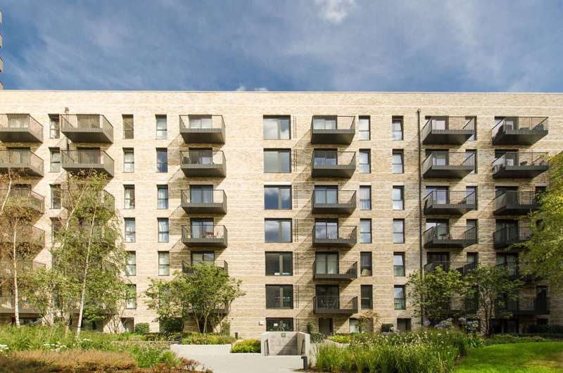 1 Bedroom Flat for sale in Kingfisher Heights, Silvertown, E16