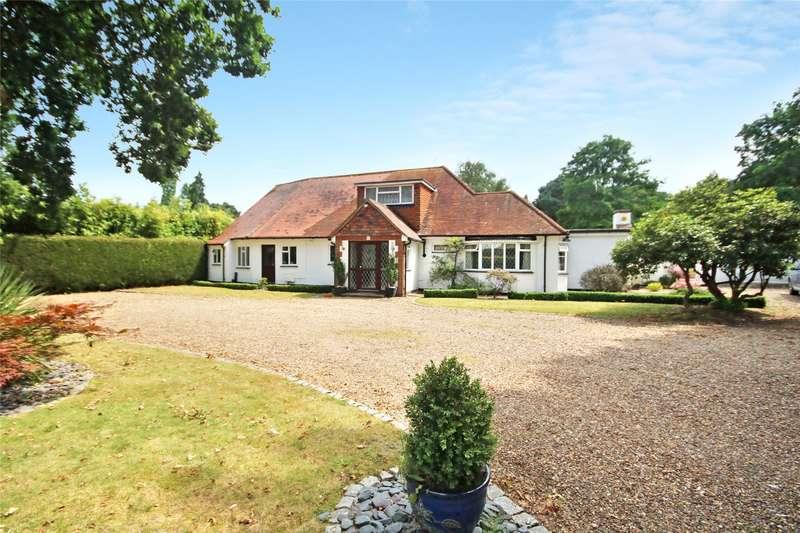 3 Bedrooms Detached House for sale in Almners Road, Lyne, Chertsey, Surrey, KT16