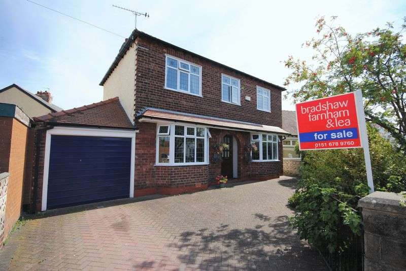 4 Bedrooms Detached House for sale in Douglas Drive, Moreton, Wirral