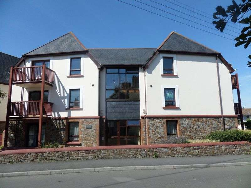 2 Bedrooms Flat for sale in Diddywell Road, Northam, Bideford