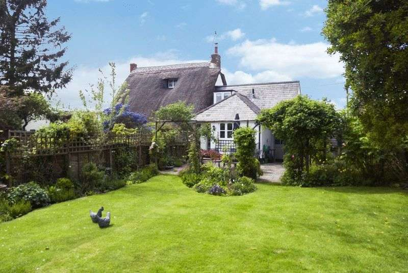 3 Bedrooms Detached House for sale in Townside, Haddenham