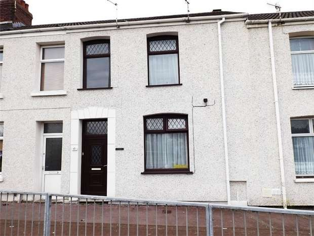 3 Bedrooms Terraced House for sale in Upper Robinson Street, Llanelli, Carmarthenshire