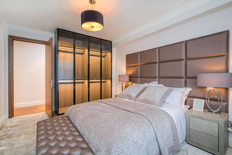 2 Bedrooms Flat for sale in Acol Road, South Hampstead, NW6