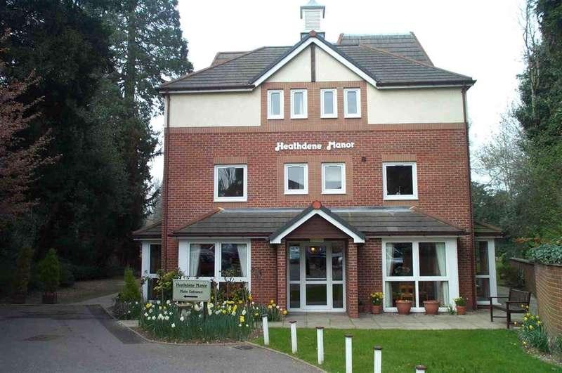 1 Bedroom Property for sale in Heathdene Manor Grandfield Avenue, Watford, Herts, WD17