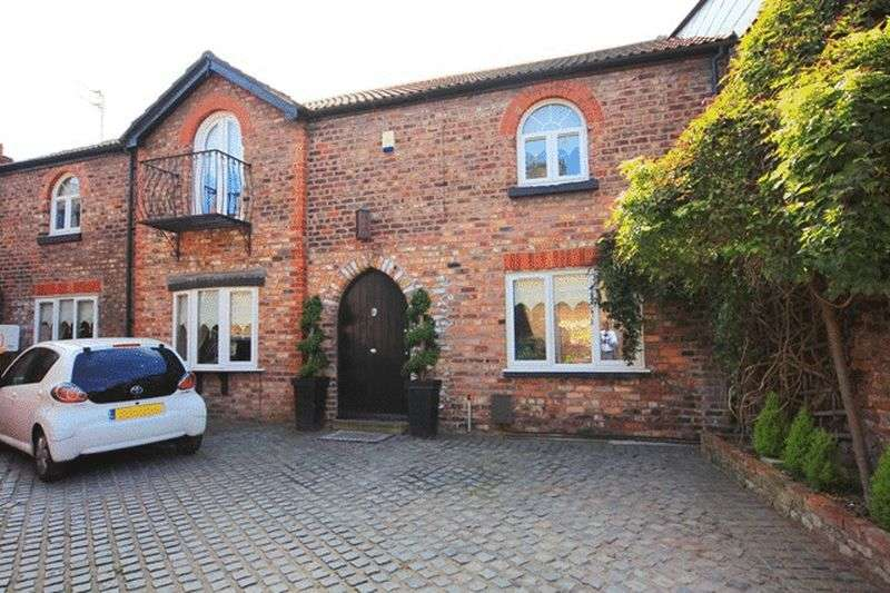 3 Bedrooms Semi Detached House for sale in Bridge Road, Mossley Hill, Liverpool, L18
