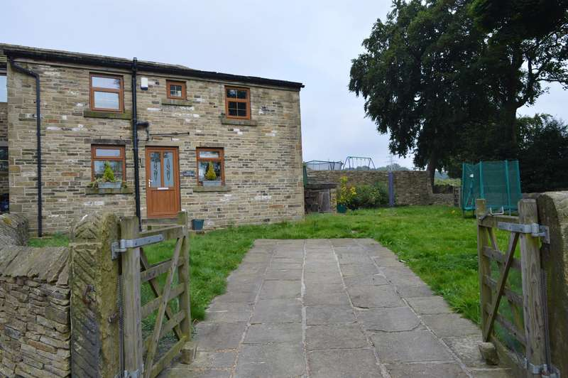 4 Bedrooms Detached House for sale in Barker Royd, Southowram, Halifax, HX3 9TE
