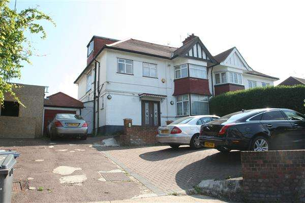 5 Bedrooms Semi Detached House for sale in Hendon Way NW4, Hendon