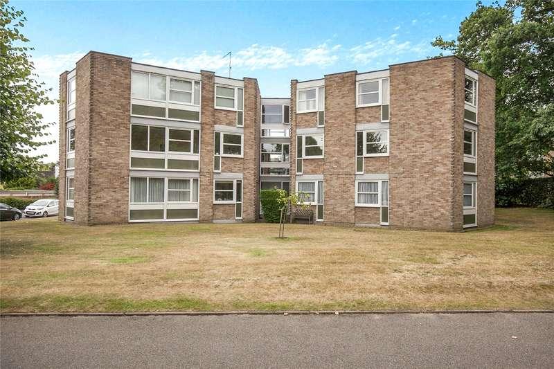 2 Bedrooms Flat for sale in Heathside, Weybridge, Surrey, KT13