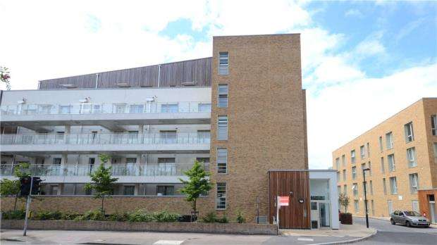 2 Bedrooms Apartment Flat for sale in Lea House, 1 Kidwells Close, Maidenhead