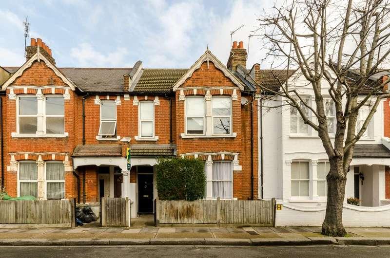 3 Bedrooms Maisonette Flat for sale in Dunraven Road, Shepherd's Bush, W12