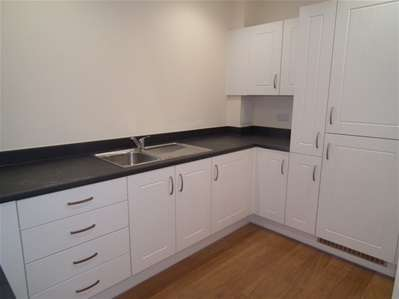 2 Bedrooms Flat for sale in Albers Court, Artisan Place, Harrow Weald