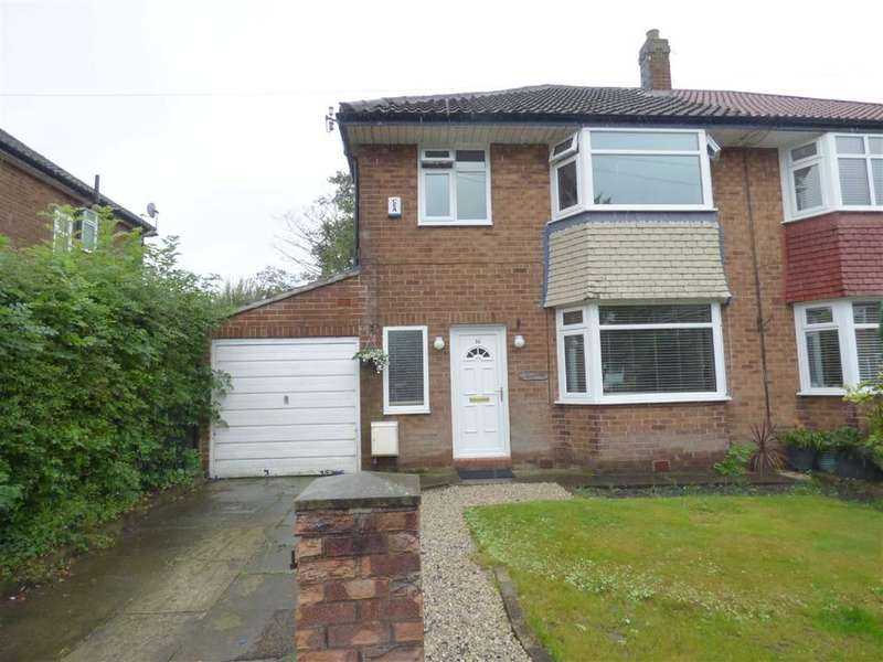3 Bedrooms Property for sale in Worcester Road, Alkrington, Manchester, M24