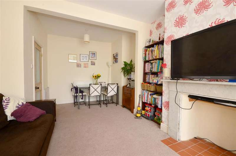 4 Bedrooms Terraced House for sale in Beaconsfield Road, Dover, Kent