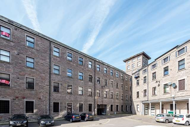 2 Bedrooms Apartment Flat for sale in Pleasance Court, Dundee, DD1 5BB