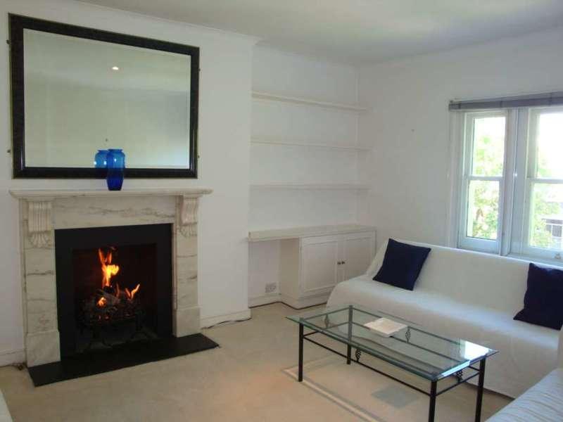 3 Bedrooms Flat for sale in Marloes Road, Kensington W8