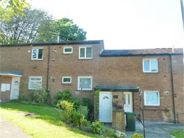 2 Bedrooms Flat for sale in Hew Clews, Bradford, West Yorkshire