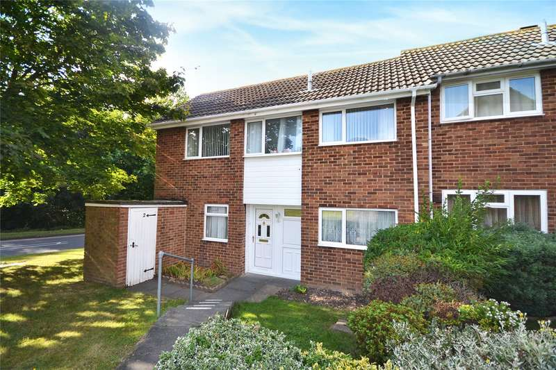 3 Bedrooms Semi Detached House for sale in Bishopdale, Bracknell, Berkshire, RG12