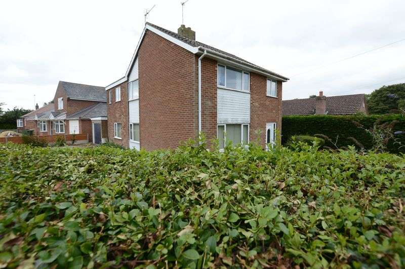 3 Bedrooms Detached House for sale in 9 Thorpe Road, Tattershall