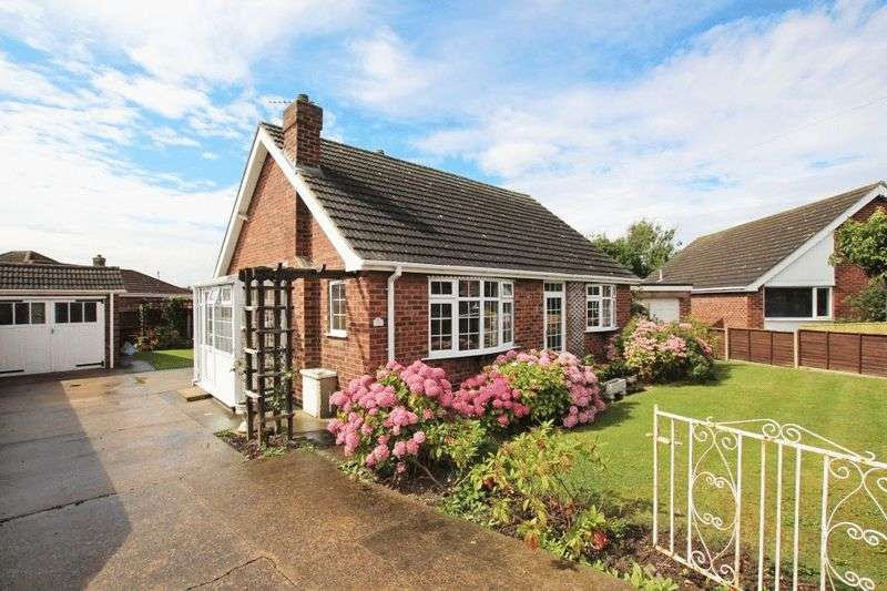 2 Bedrooms Detached Bungalow for sale in THE CROFTS, HUMBERSTON
