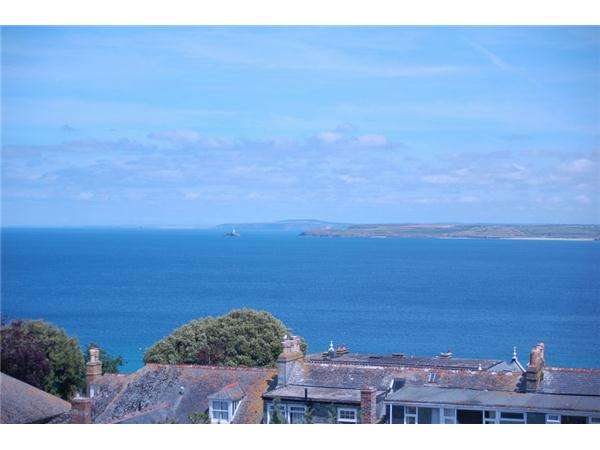 7 Bedrooms Detached House for sale in The Belyars, ST IVES