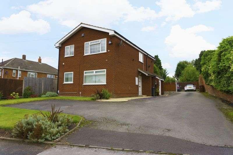 2 Bedrooms Flat for sale in Bridge Road, Shelfield, Walsall