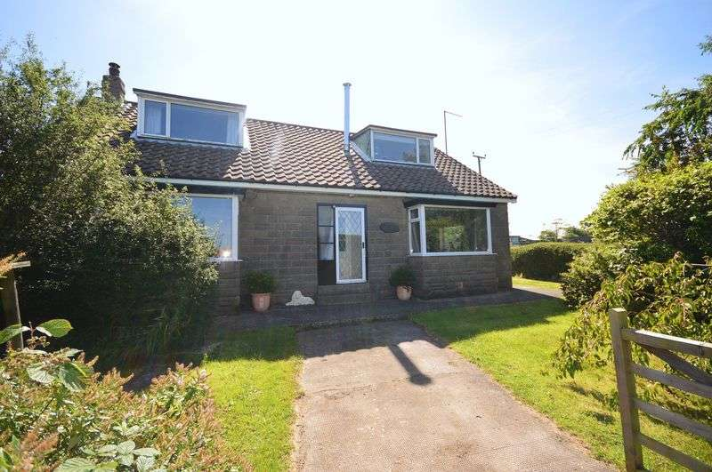 4 Bedrooms Detached Bungalow for sale in Fylingdales, Whitby