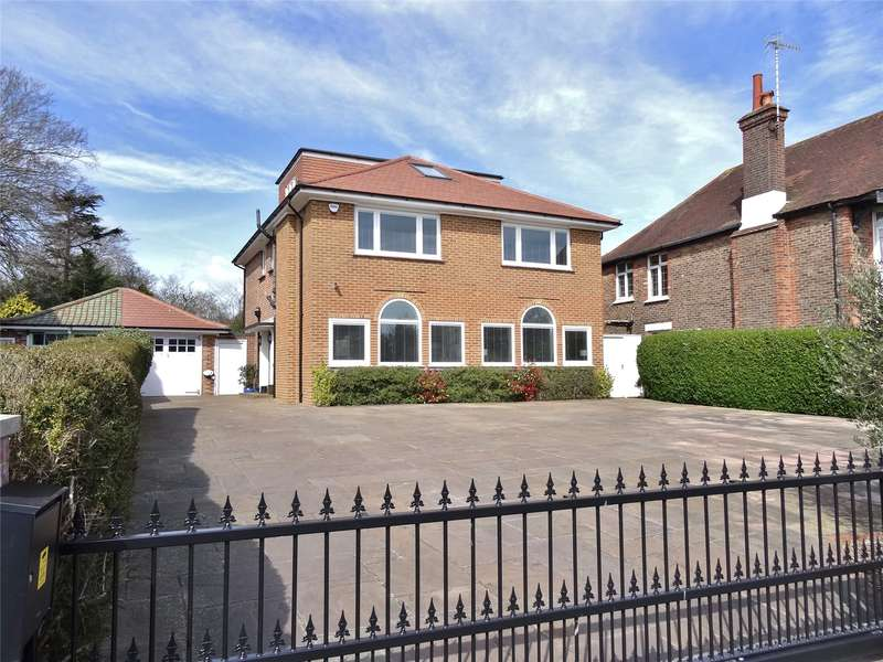 5 Bedrooms Detached House for sale in Upper Brighton Road, Charmandean, Worthing, BN14