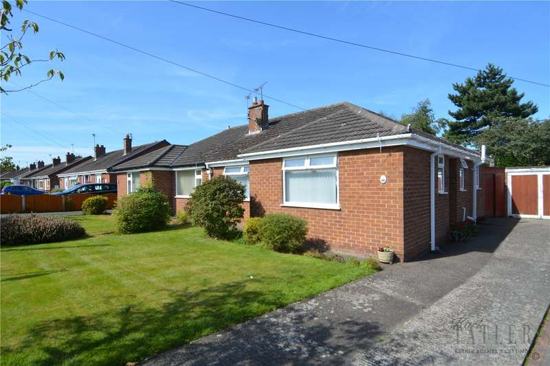 2 Bedrooms Semi Detached Bungalow for sale in Ridgewood Drive, Pensby, Wirral