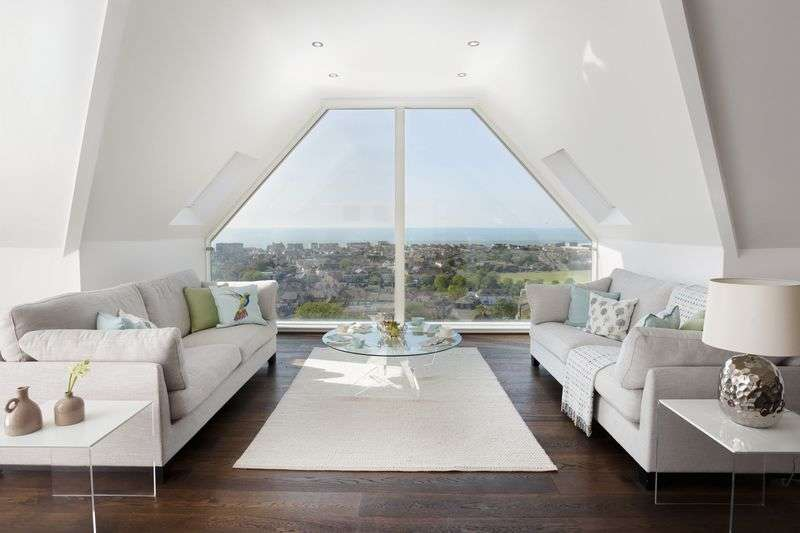 3 Bedrooms Flat for sale in Hythe