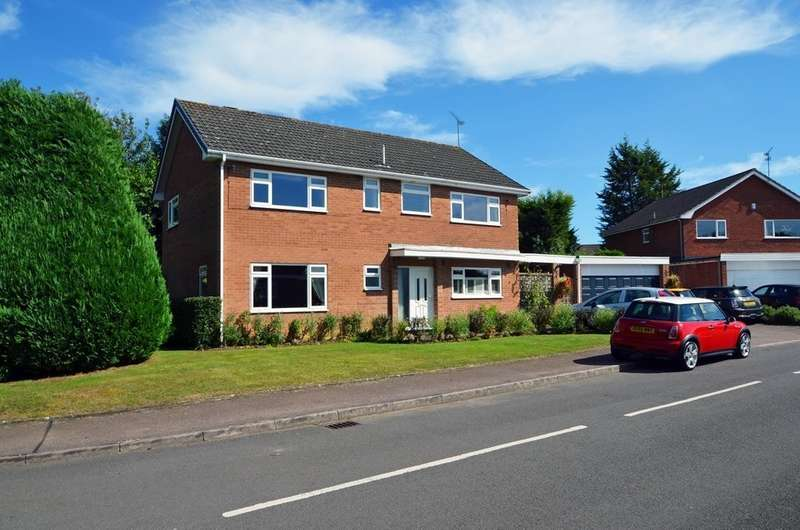 4 Bedrooms Detached House for sale in Russell Avenue, Dunchurch, Rugby