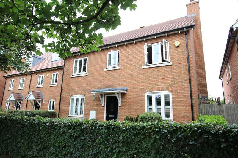 4 Bedrooms Detached House for sale in Page Place, Frogmore, St. Albans, Hertfordshire, AL2
