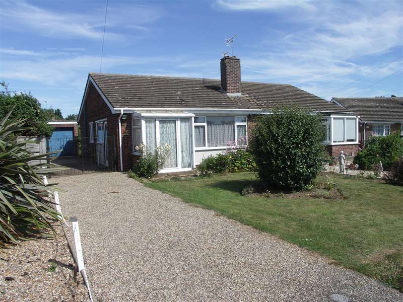 2 Bedrooms Bungalow for sale in Stalham,Norwich,Norfolk,NR12