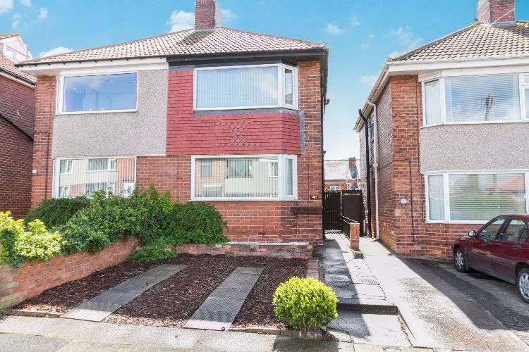 3 Bedrooms Semi Detached House for sale in Gilberthorpe Street, South Yorkshire, S65 2TN
