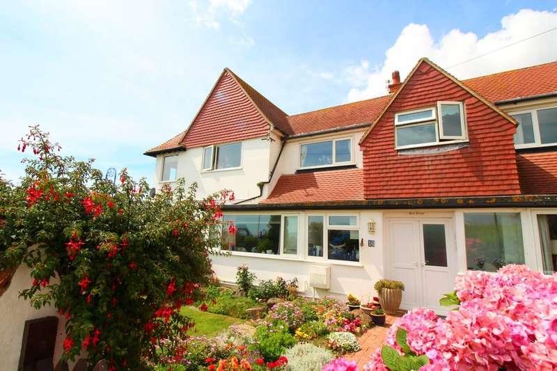 2 Bedrooms Flat for sale in Admiralty Gardens, Bognor Regis, PO22