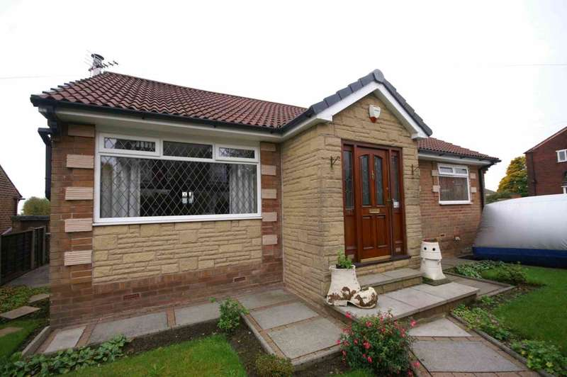3 Bedrooms Detached Bungalow for sale in Church Road, Smithills