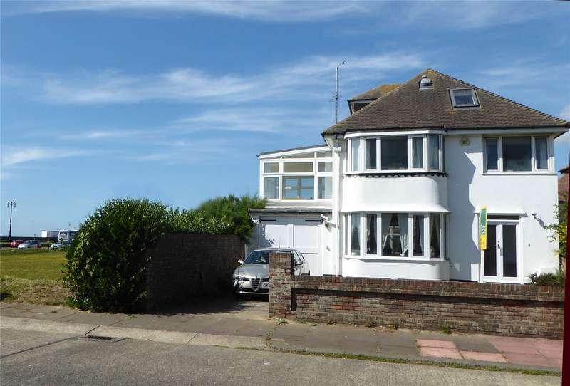 4 Bedrooms Detached House for sale in Anscombe Road, West Worthing, West Sussex, BN11