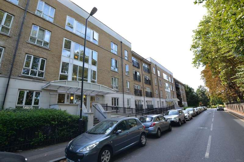 2 Bedrooms Flat for sale in St Georges Way, London SE15