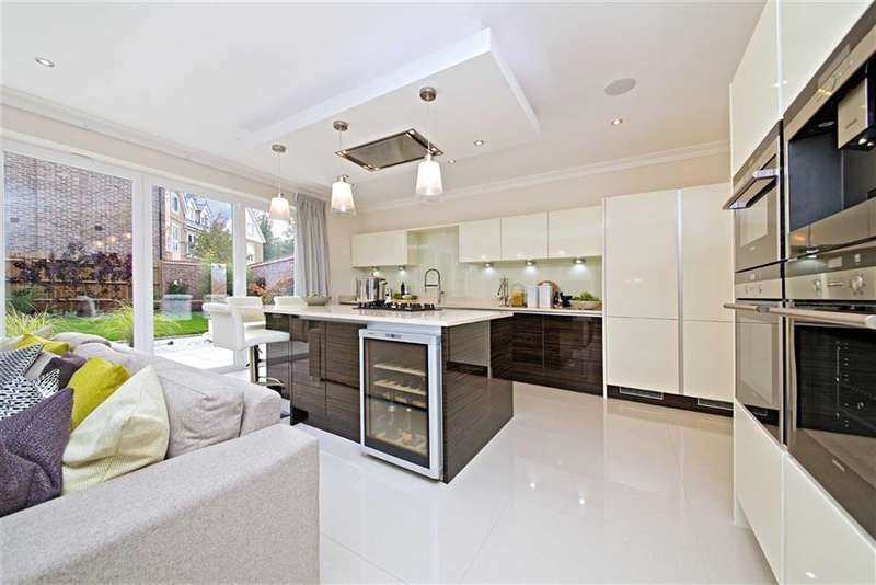 5 Bedrooms Property for sale in Nightingale Place, Rickmansworth, Hertfordshire, WD3