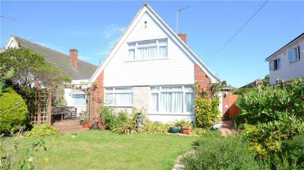 4 Bedrooms Detached House for sale in Bath Road, Maidenhead, Berkshire