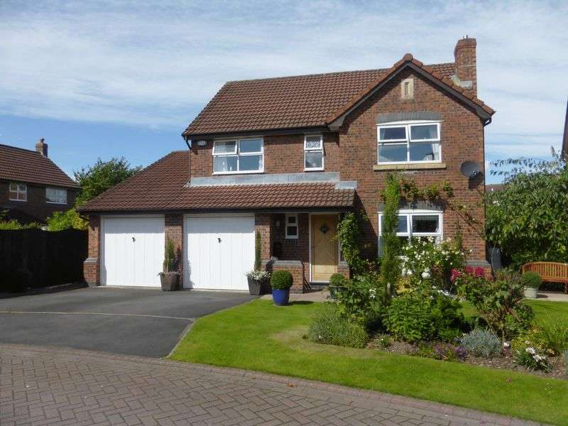 4 Bedrooms Detached House for sale in Park Farm Close, Longton, Preston